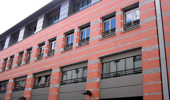 Fachadas ventiladas Composite de Aluminio: Centro Niessen, Rentería, Gipuzkoa