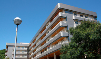 Fachadas ventiladas Composite de Aluminio: Viviendas Arriola, Donostia